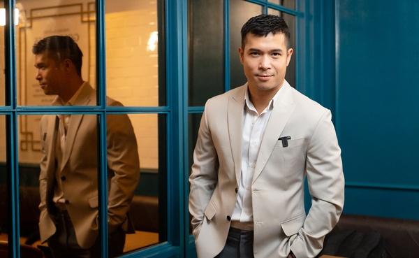 chân dung ca sĩ trương thế vinh - nguồn ảnh: internet