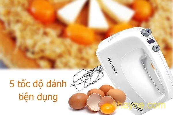 máy đánh trứng hoảng sợlectrolux