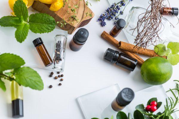 [review] top 10 serum trị mụn tốt nhất cho da hiện nay