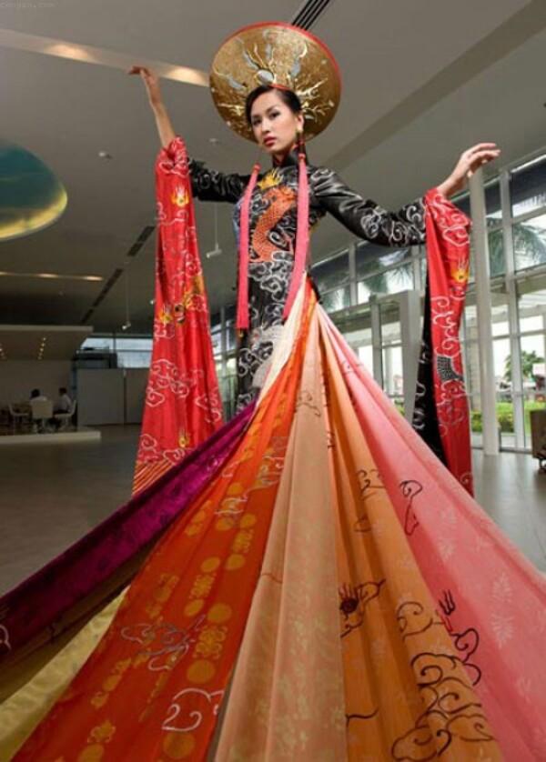 mai phương thúy cũng là một hoa hậu được đánh giá là năng động và nhiệt huyết - nguồn ảnh: internet