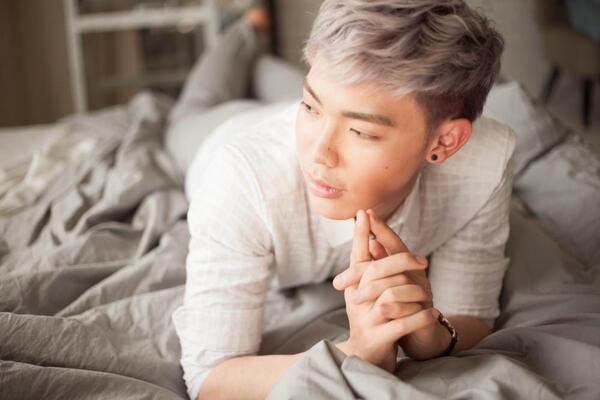 """tiểu sử ca sĩ erik - chàng trai tạo """" hit"""" - nguồn ảnh: internet"""