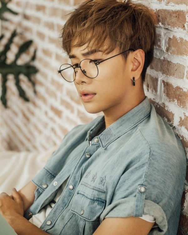 lou hoàng là một ca sĩ, là học trò của nam ca sĩ nhạc ráp only c - nguồn ảnh: internet