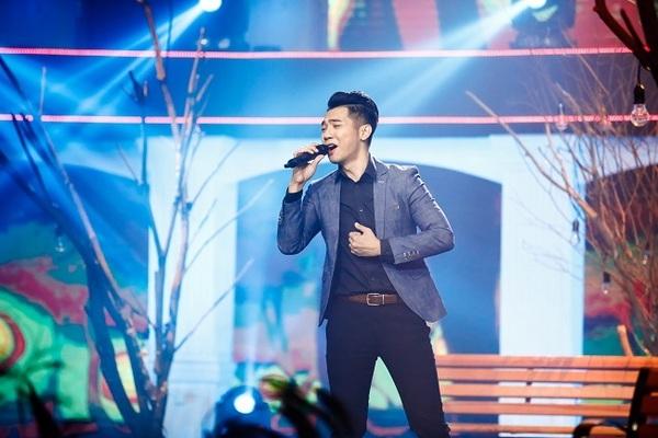 mai quốc việt tự tin bước vào          đoạn đường ca hát chuyên nghiệp từ năm 2010 - nguồn ảnh: internet
